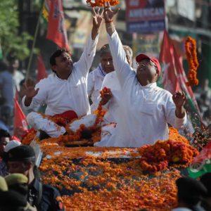 Uttar Pradesh Chief Minister Akhilesh Yadav holds roadshow in Lucknow