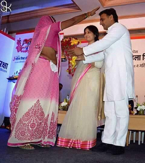 Chief Minister Akhilesh Yadav and his wife Kannauj MP Dimple Yadav