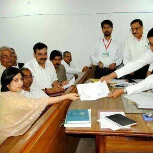 UP CM Akhilesh Yadav's wife Dimple Yadav files nomination from Kannauj seat
