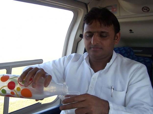 देश को खुशहाली की राह पर ले जा रहे हैं इंजीनियर : मुख्यमंत्री अखिलेश यादव