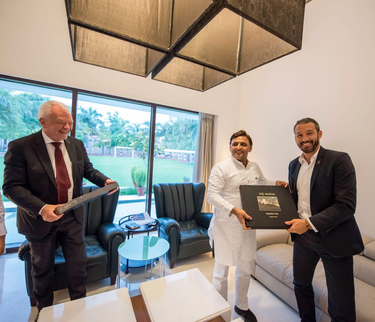 Chief Minister Akhilesh Yadav visit with the Italian footballer Gianluca Zambrotta and Harald Sandberg, the Swedish ambassador