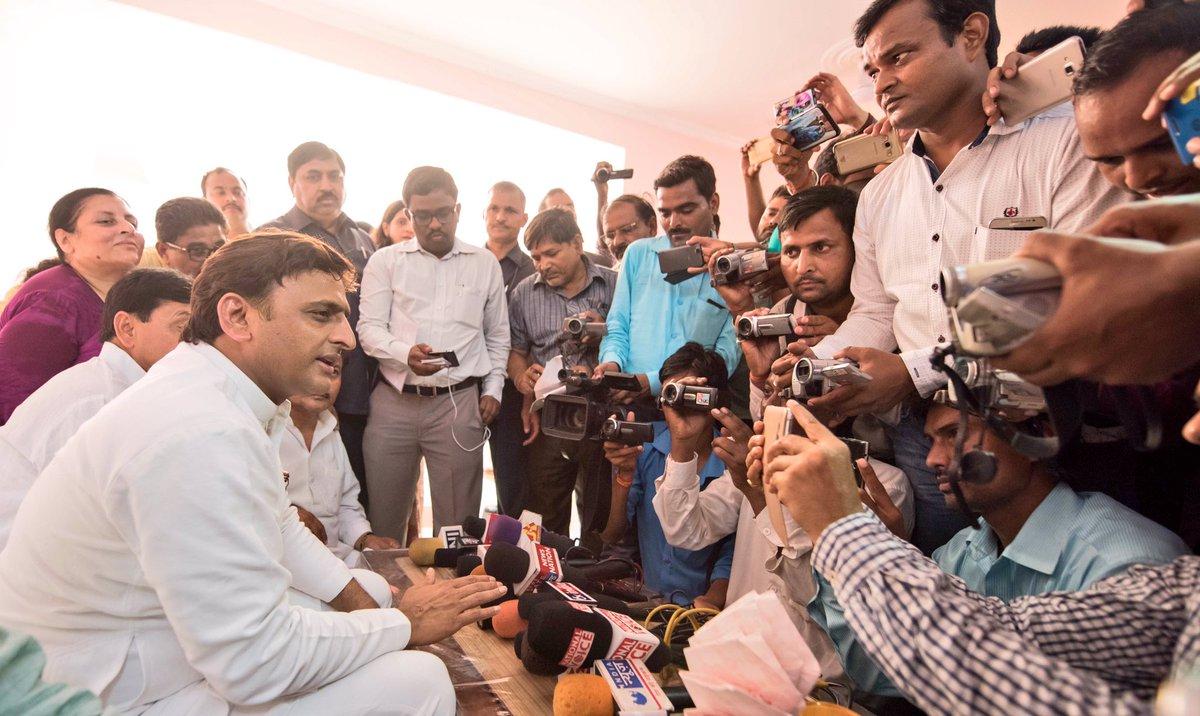 मुख्यमंत्री अखिलेश यादव कन्नौज में