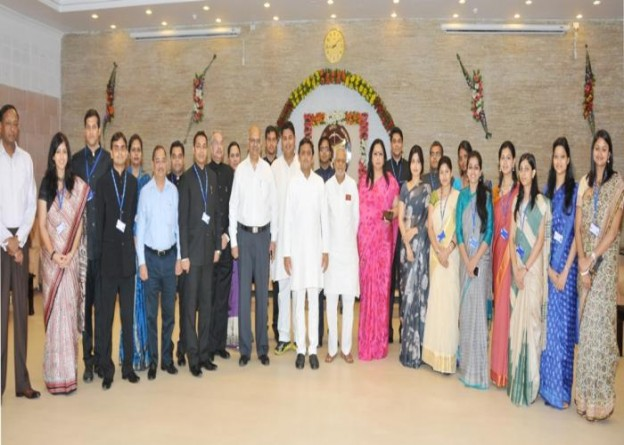 Chief Minister Mr. Akhilesh Yadav meets IAS probationers