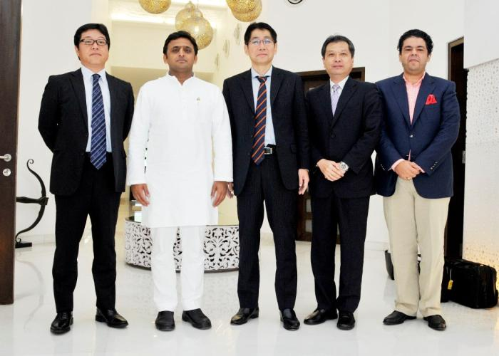 Chief Minister Mr. Akhilesh Yadav meets Mr. Takayuki Morita, Global Business Head of Japanese multinational NEC