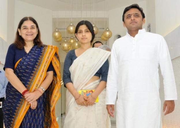 उत्तर प्रदेश के मुख्यमंत्री श्री अखिलेश यादव से 16 सितम्बर, 2014 को उनके सरकारी आवास पर केन्द्रीय महिला एवं बाल विकास मंत्री श्रीमती मेनका संजय गांधी ने शिष्टाचार भेंट की।