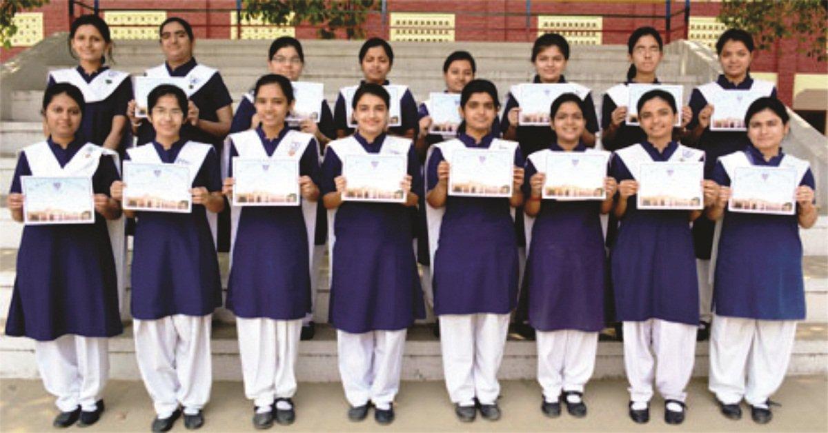 मुख्यमंत्री श्री अखिलेश यादव ने मेधावी छात्राओं को संशोधित कन्या विद्या धन योजना का लाभ दिलाने के लिए अभियान चलाकर कार्रवाई के निर्देश दिए