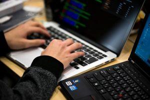कंप्यूटर चलाना आता हो तो MNREGA में करें सरकारी नौकरी