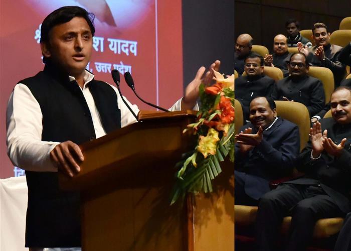 मुख्यमंत्री श्री अखिलेश यादव ने विश्व विकलांग दिवस पर विकलांगजन के लिए सहायक उपकरणों के वितरण कार्यक्रम का शुभारम्भ किया