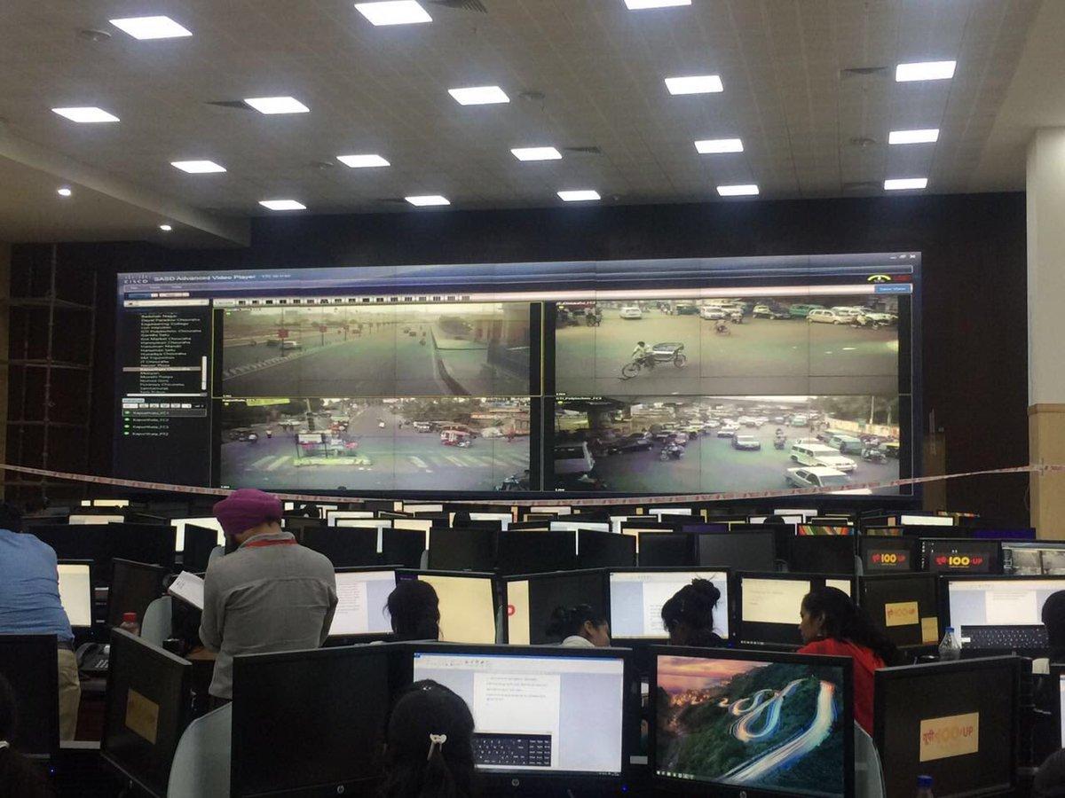 उत्तर प्रदेश के 75 जिलों से जुड़ी देश की सबसे बड़ी एकीकृत आपातकालीन सेवा।