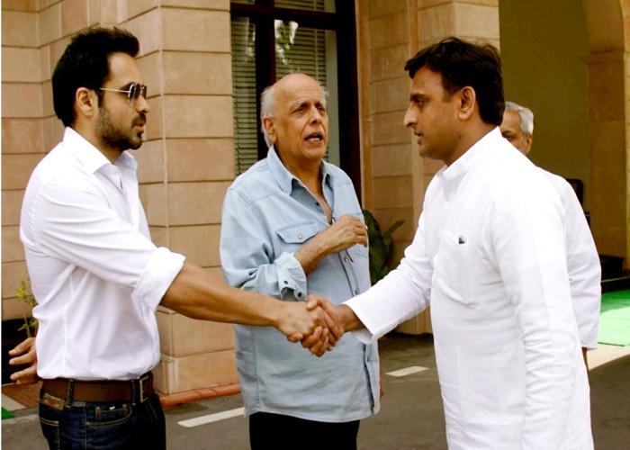 मुख्यमंत्री श्री अखिलेश यादव से 10 जून, 2015 को सुप्रसिद्ध फिल्म निर्माता एवं निर्देशक श्री महेश भट्ट तथा अभिनेता श्री इमरान हाशमी ने मुलाकात की।