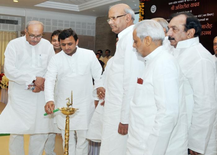 मुख्यमंत्री श्री अखिलेश यादव ने इंचियोन एशियाई खेलों में स्वर्ण पदक विजेता श्री जीतू राय को बधाई दी