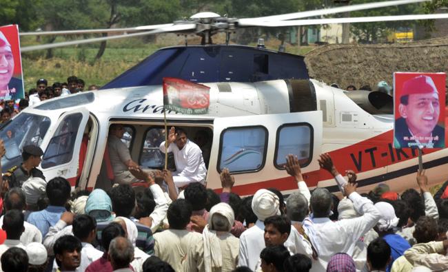 Akhilesh Yadav, wife have narrow escape as bird hits chopper