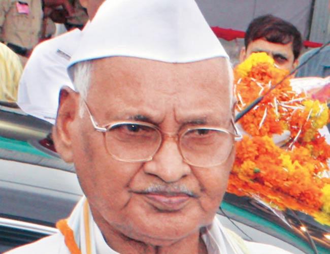 मुख्यमंत्री श्री अखिलेश यादव ने पूर्व मुख्यमंत्री एवं मध्य प्रदेश के पूर्व राज्यपाल श्री राम नरेश यादव के निधन पर गहरा दुःख व्यक्त किया