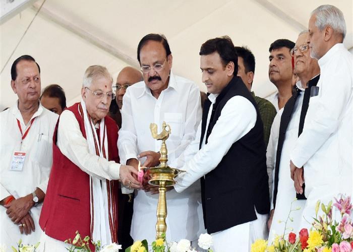 मुख्यमंत्री श्री अखिलेश यादव ने कानपुर मेट्रो रेल परियोजना का शुभारम्भ किया
